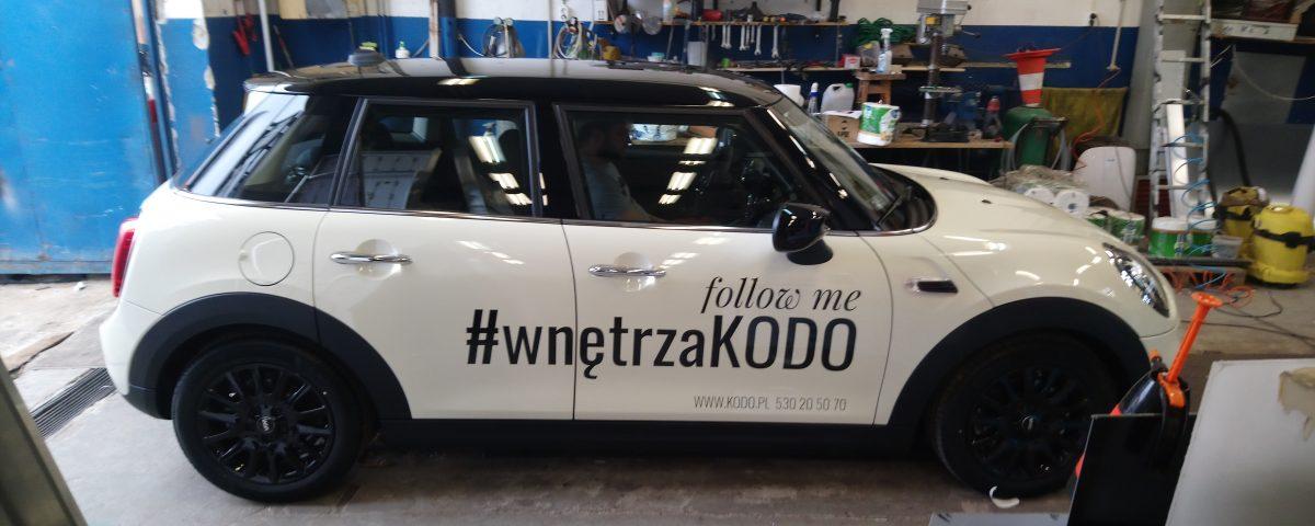 Nowa flota samochodów oklejona dla firmy KODO